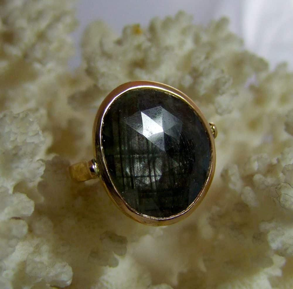 Grey Sapphire 22ct Gold Handmade