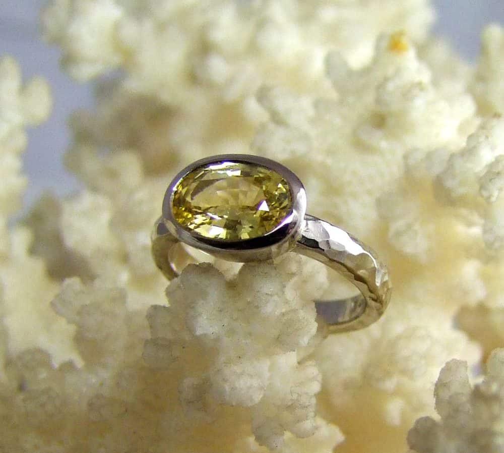 Yellow Sapphire 18ct White Gold