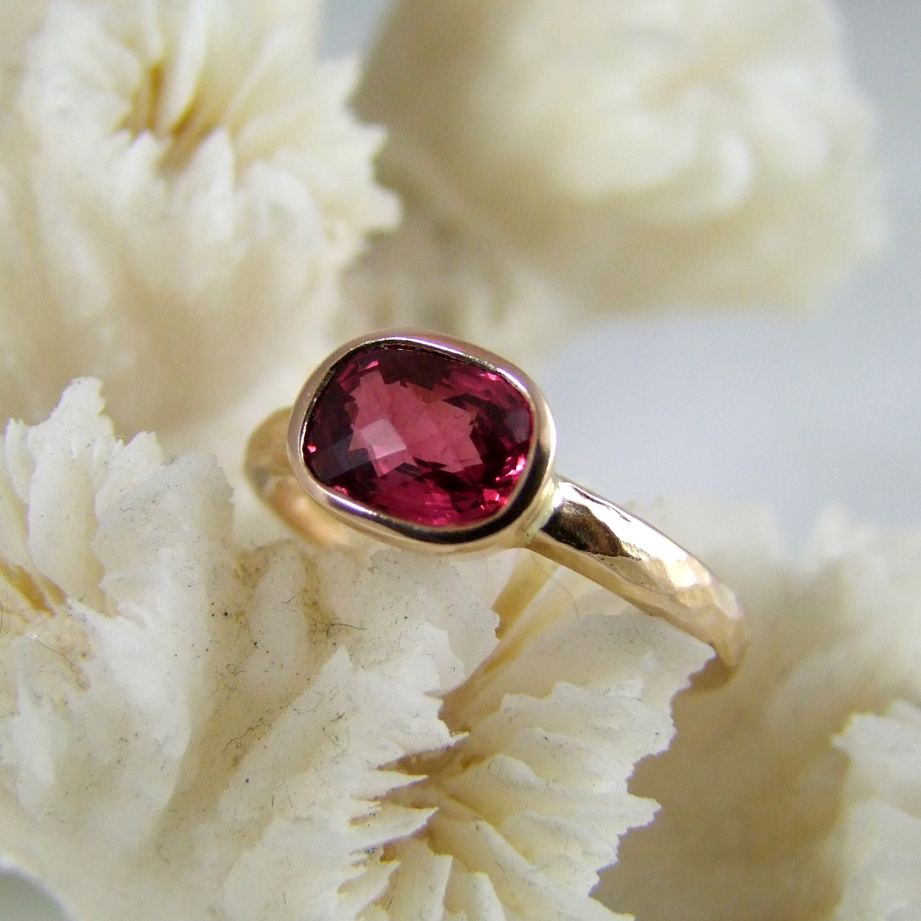 Red Spinel 18ct Gold Ring