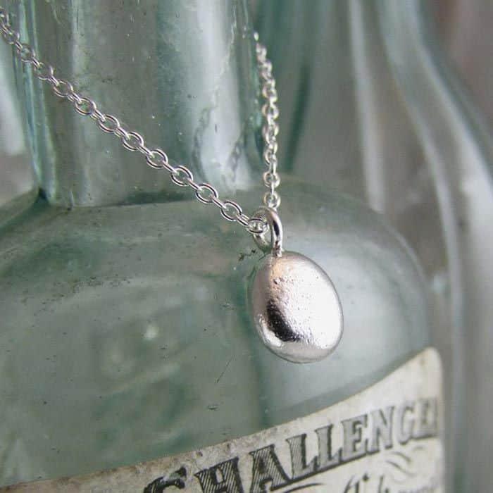 Pebble Tiny Pendant