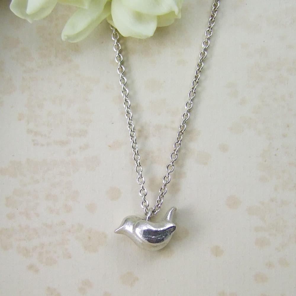 wren small pendant