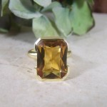 B      espoke citrine & gold ring