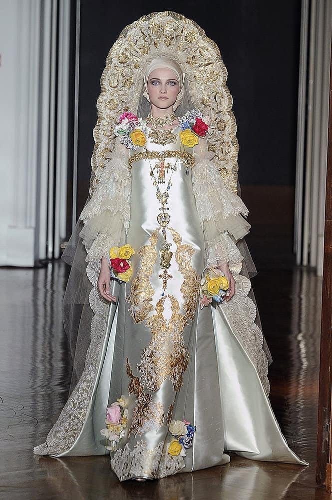 Christian-Lacroix-Fall-2009-Haute-Couture