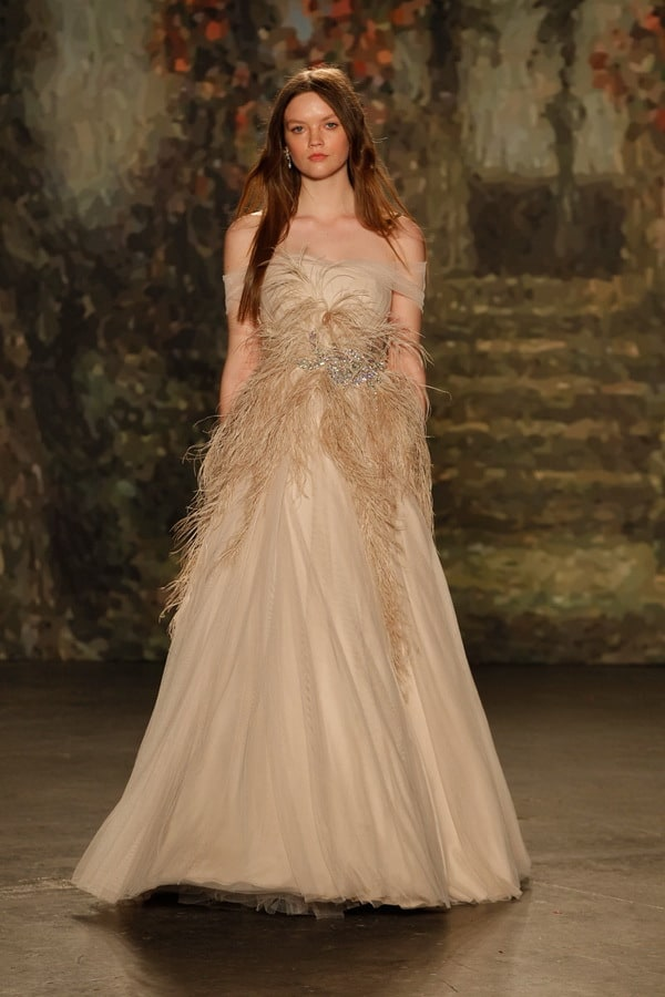 Jenny-Packham-spring-summer-wedding-dress-with-feathers-2016