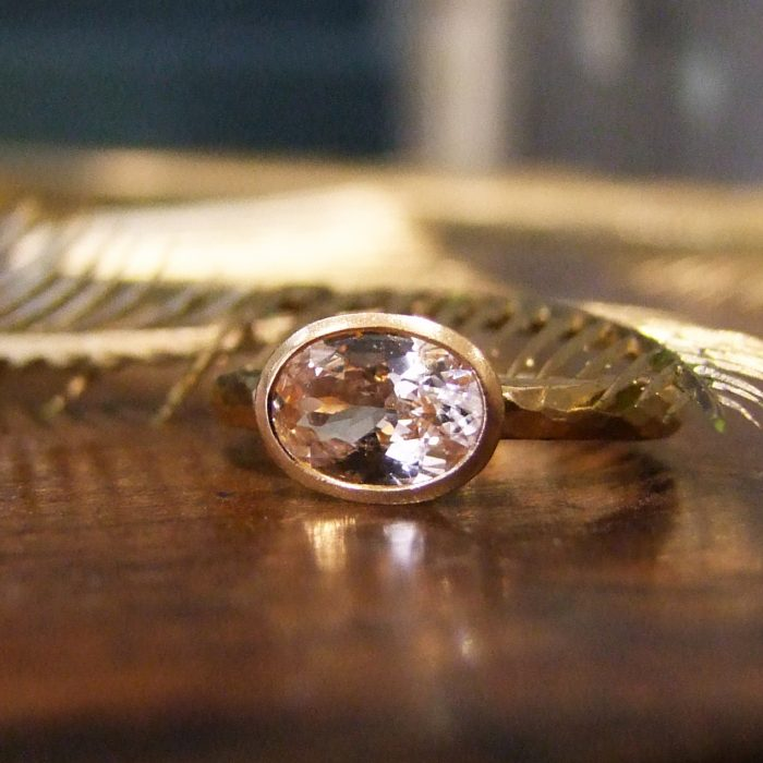 Peach Sapphire 22ct